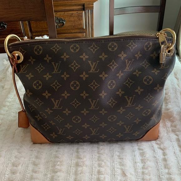 Louis Vuitton Handbags - ❤️Louis Vuitton Large Hobo Handbag❤️